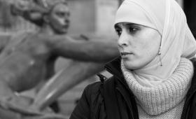 الفوتوغرافي حيدر الديوجي.. يصنع وهمه من خيال و فنطازيا